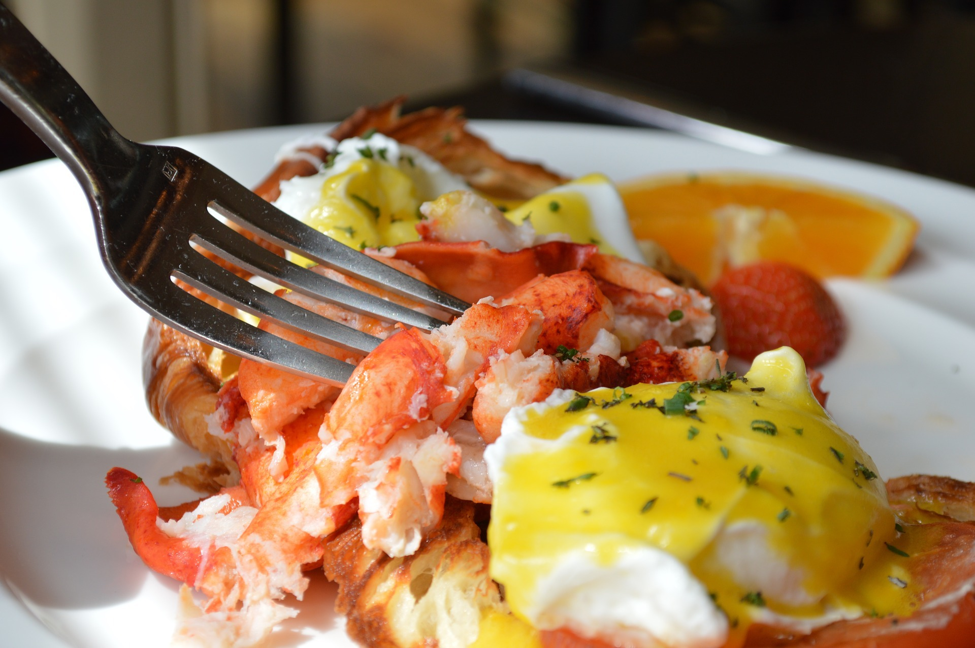 Eggs Benedict with lobster for brunch